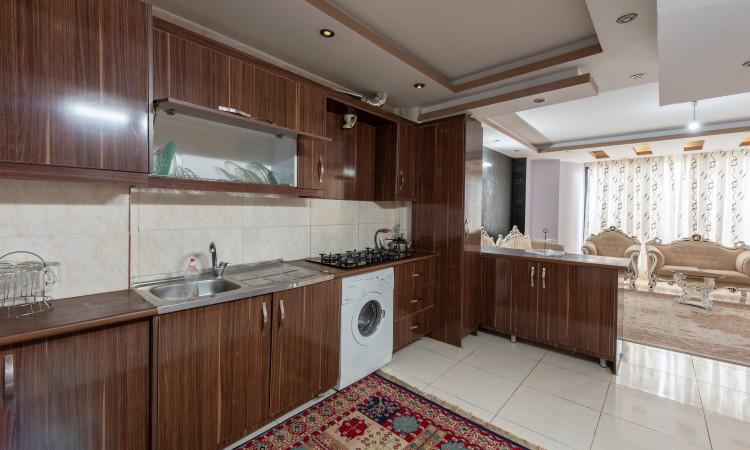 آپارتمان دوخوابه در چهارباغ