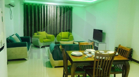 (2) Two Bedroom Apartment, Sam VIP