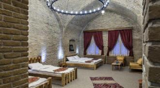 هتل کاروانسرای یام(اتاق شبستری)