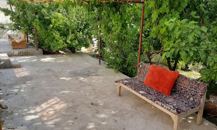 اقامتگاه باغ گردو