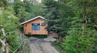 کلبه چوبی جنگلی کتیبه یک