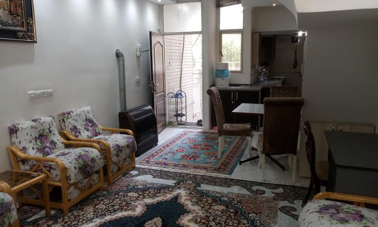 آپارتمان مبله در خیابان ولیعصر