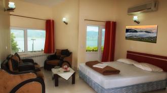 هتل جهانگردی مریوان (سه تخته)