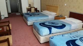 هتل جهانگردی علیصدر- اتاق چهار تخته