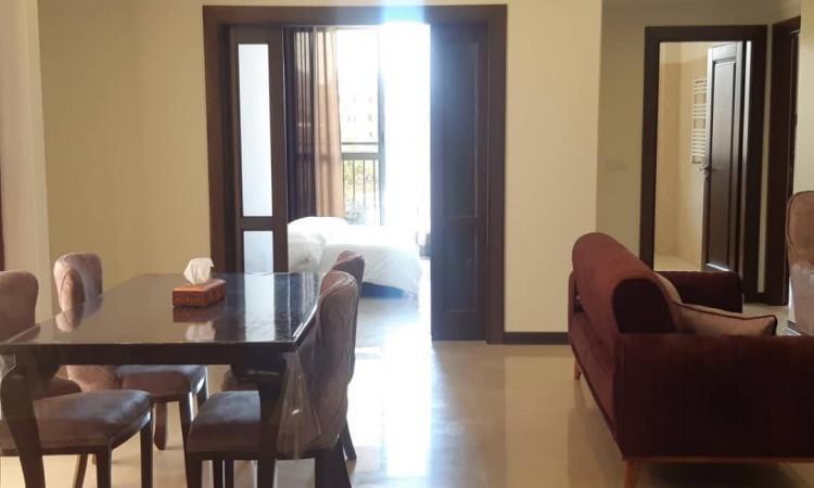 آپارتمان لوکس با جکوزی شیخ بهاییSH13