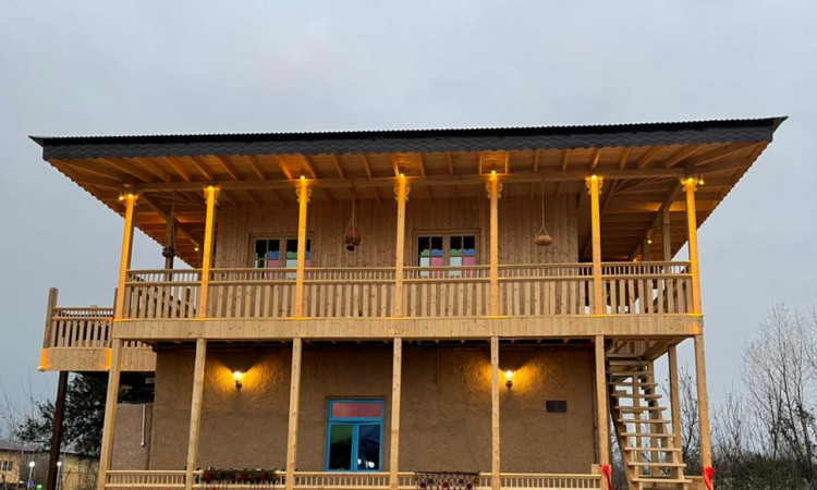 اقامتگاه گردشگری و توريستی ليشا(اتاق 1)